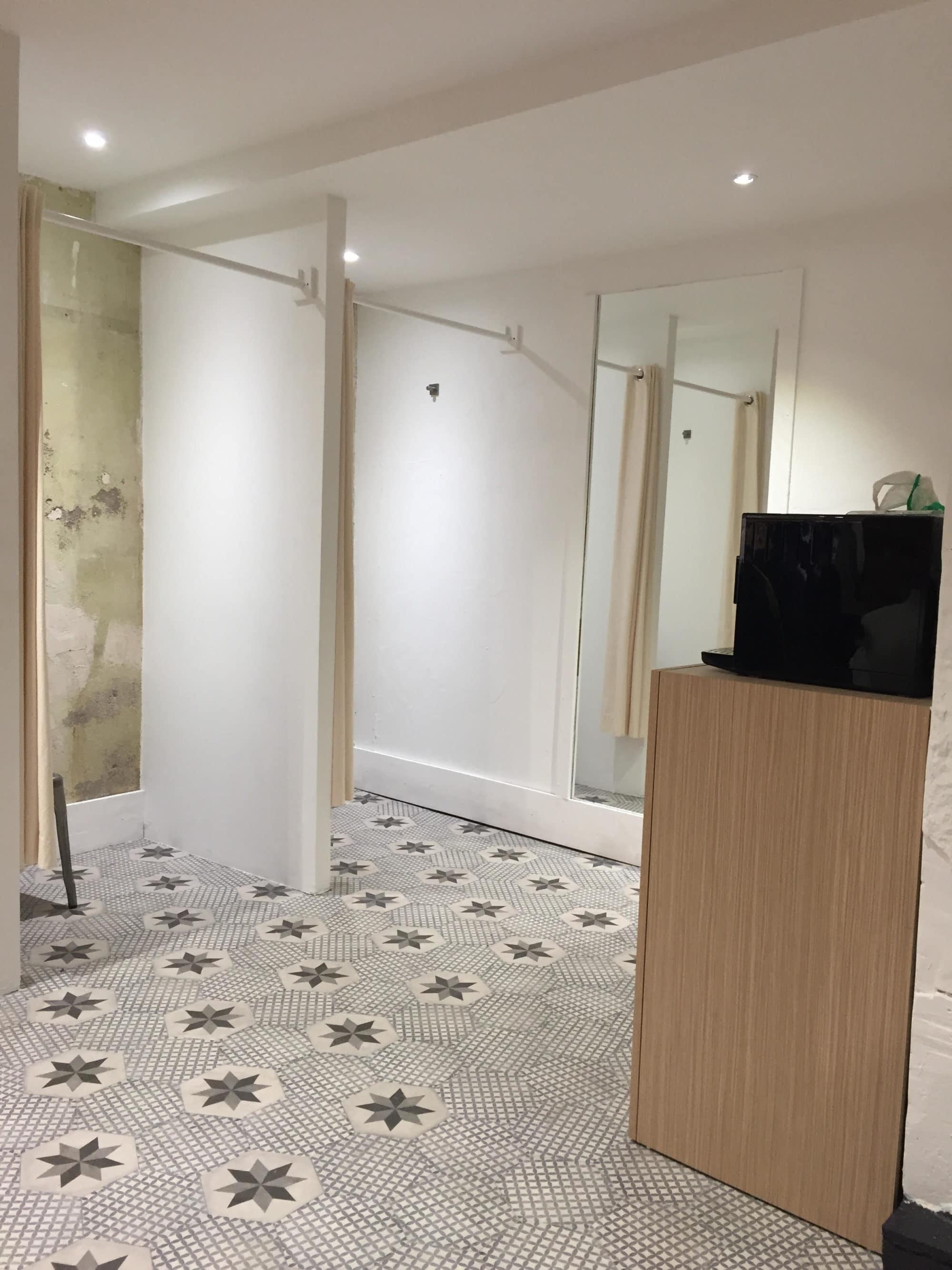 renovation commerce capitole lmcs la maison du carrelage balma toulouse. Black Bedroom Furniture Sets. Home Design Ideas